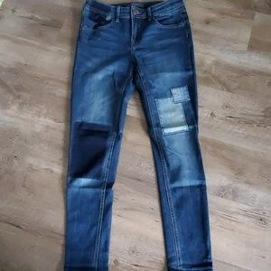 NWOT Limited patch skinny jeans